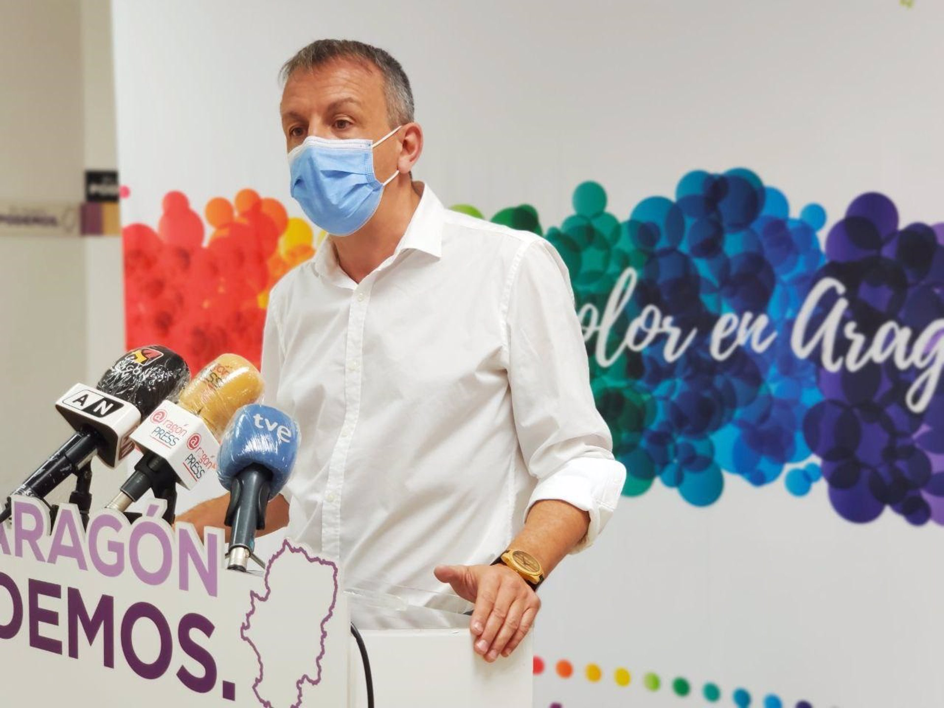 El portavoz de Podemos Aragón, Fernando Rivarés -