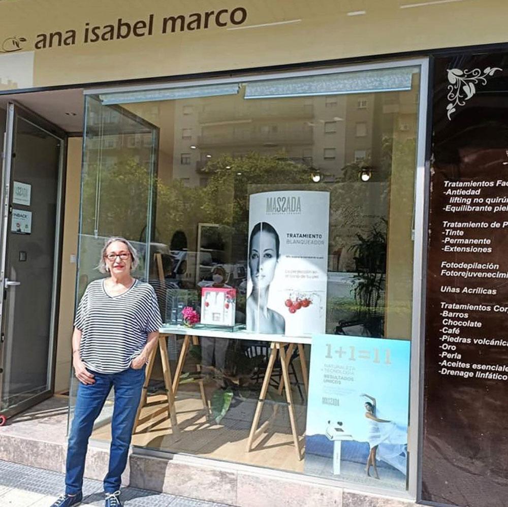Ana Marco, gerente del Centro de Estética Ana Marco en Zaragoza